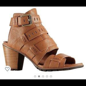 Sorel Nadia Buckle Leather Sandals Comfort